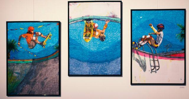 > Eva Juričan <<  Eva Juričan je študentka podiplomskega študija slikarstva na Akademiji za likovno umetnost in oblikovanje v Ljubljani. Svoja dela je prvič razstavila leta 2015 na skupinski razstavi v hostlu Celica na Metelkovi, istega leta pa je tudi diplomirala z delom Street art: iz ulice na platno. Razstavljala je na samostojnih razstavah, v letu 2018 je v Kinu Šiška predstavila razstavo z naslovom Yesterday. Sodelovala pa je tudi na skupinski razstavi AIR4 v Ravnikar Gallery Space in skupinski razstavi OFF THE HOOK – Crude: body, colour, realism, ki jo je galerija DobraVaga organizirala v sodelovanju z ISBN galerijo v Budimpešti.  ><<  Evine slike so del letošnje pregledne razstave, ki je na ogled do 8. novembra v Kinu Šiška vsak dan med 12:00 in 22:00.  ><<   #bienaleneodvisneilustracije #bienaleneodvisnih #bienaleljubljana #ljubljanaevents #eventsljubljana #illustration #kinošiška #kinošiškaljubljana #igljubljubljana  #ljubljana #evajuričan